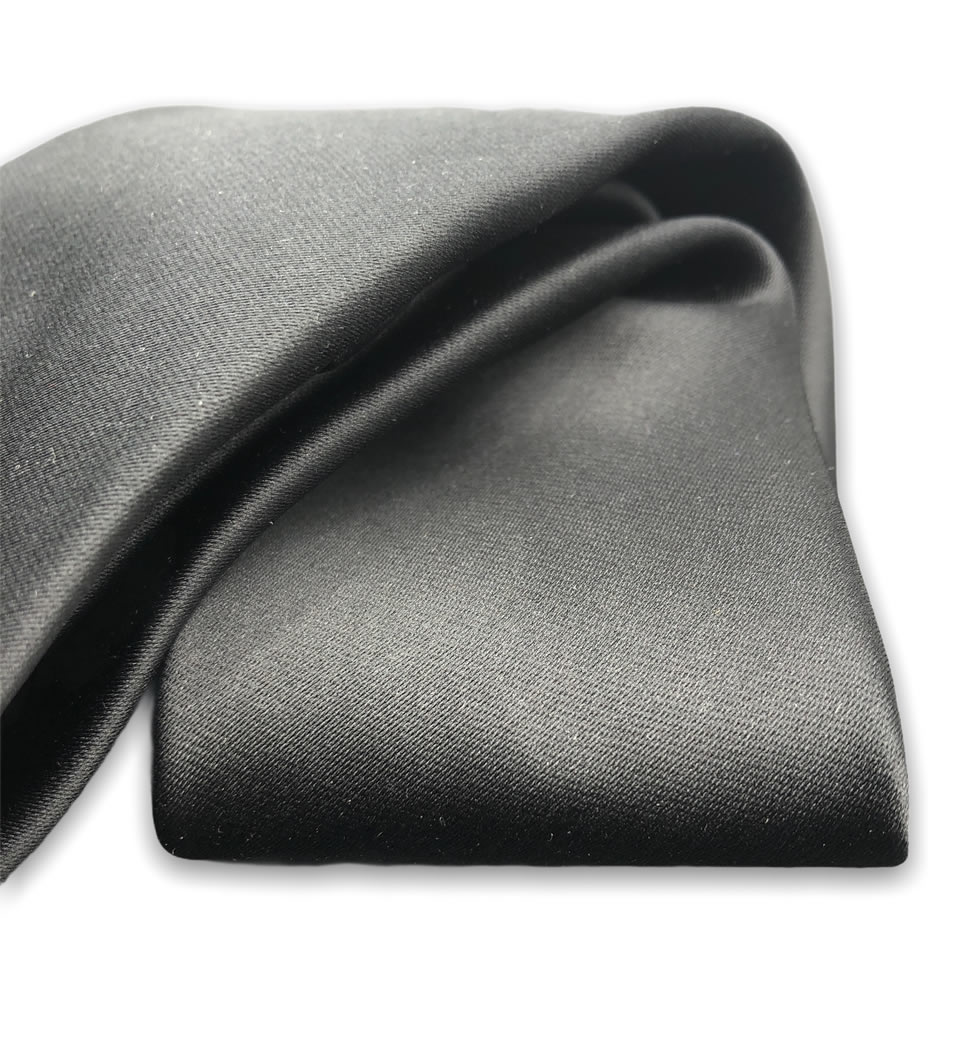Cravatta tinta unita 7 cm nero lucido 100% seta