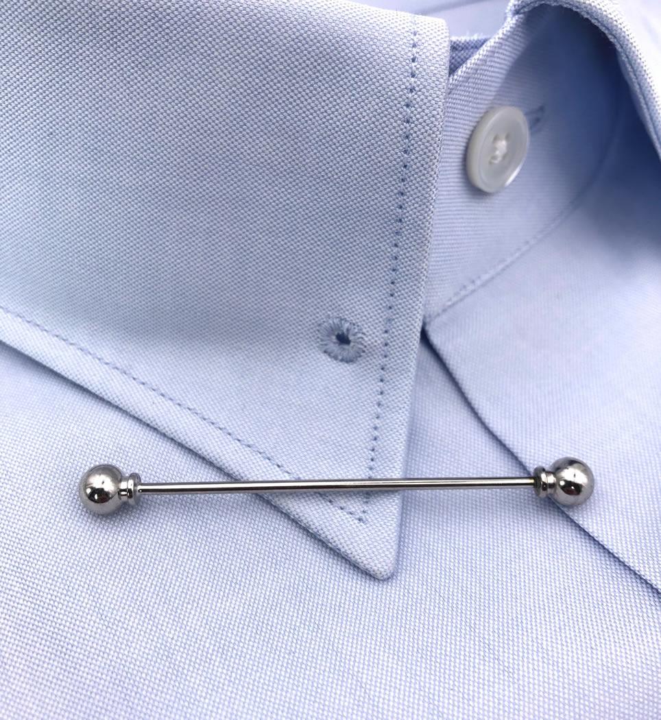 Spilla per colletto camicia colore argento