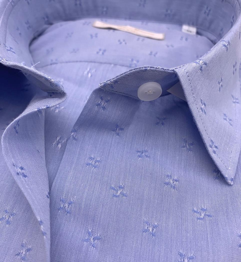 Camicia donna avvitata 4 pinces collo italiano morbido microricamo celeste 100% cotone